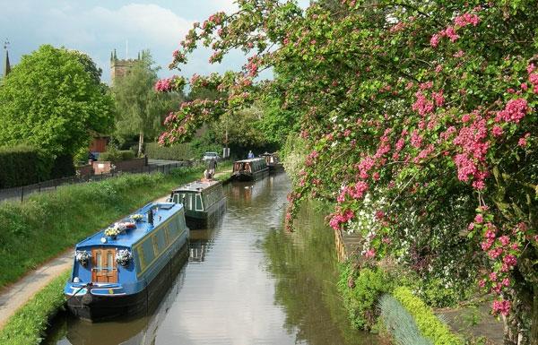Alrewas by Church (c) Waterway Images