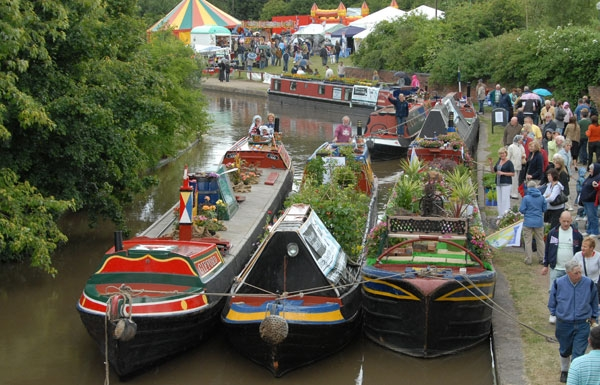 Middlewich Folk & Boat Festival (c) Waterway Images