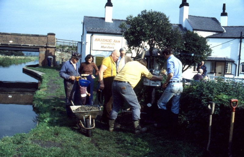 5 Adjusting Milepost 18/74 on Branston Work Party 8-10-1978
