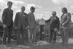 6 Unveiling First New Milepost 9/83 at Stenson 20-9-1979